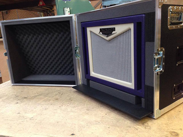 Heavy Duty case protecting instruments
